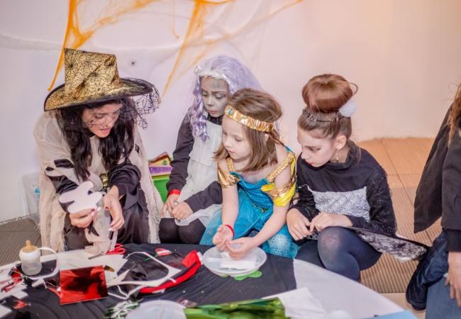 petrecere-halloween-copii