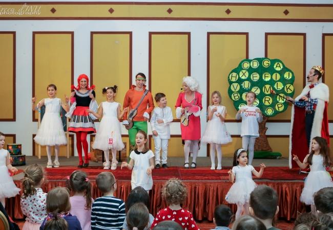 Eveniment KIDS PLAY&FUN in imagini