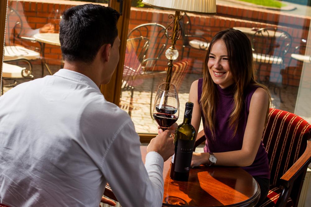 Wine Bar 1000 de Chipuri_unde iesim in Bucuresti