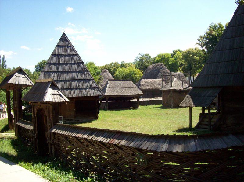 Muzeul Satului_locuri de vizitat in Bucuresti