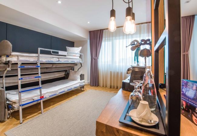 Canapea extensibila Hotel Caro