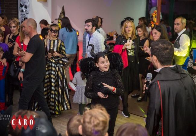 petrecere halloween 3