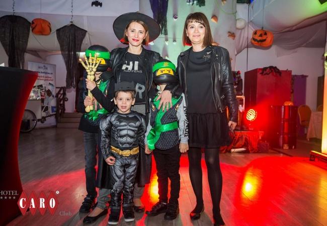 petrecere halloween 2