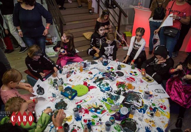 petrecere halloween 4