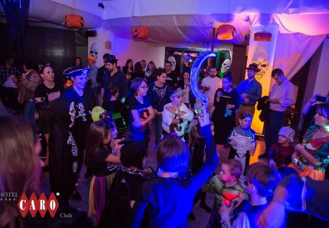 petrecere halloween 5