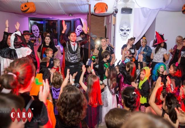 petrecere halloween 8