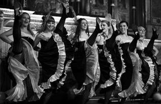 Descoperă cea mai fermecătoare petrecere de Revelion din București la Caro