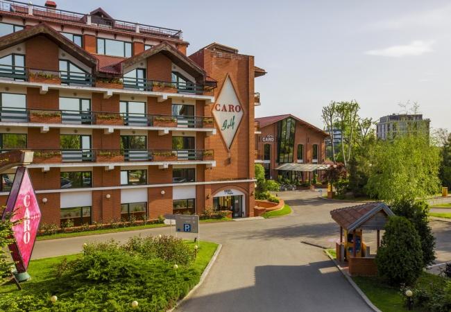 CARO – cel mai popular hotel al anului