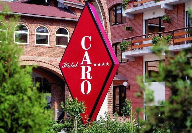 Cariere în echipa Hotel Caro