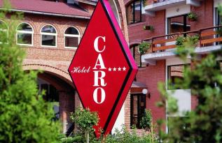 Organizează petrecerea de Crăciun a firmei la Hotel Caro